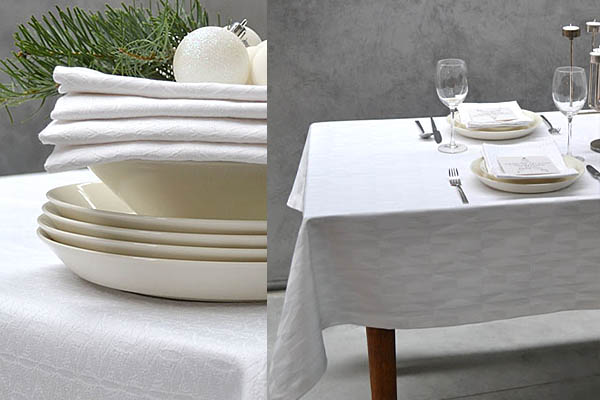 Cottona kersttrend magic white damast tafelkleed